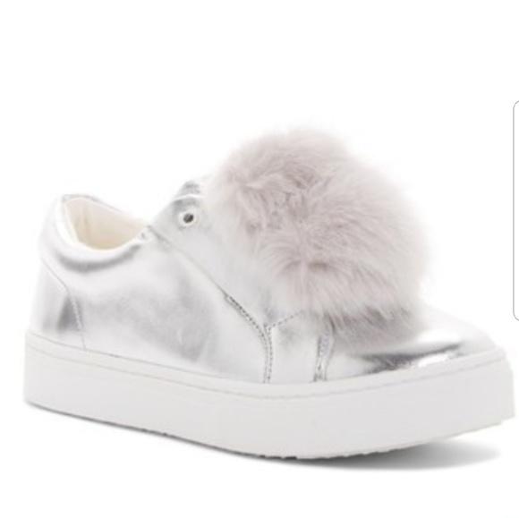 4428ab86ed491d Sam Edelman Leya Sneakers. NWT